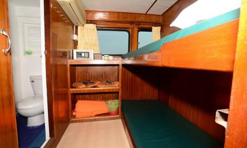 Andaman Tritan - Deluxe Twin Cabin (Main Deck)