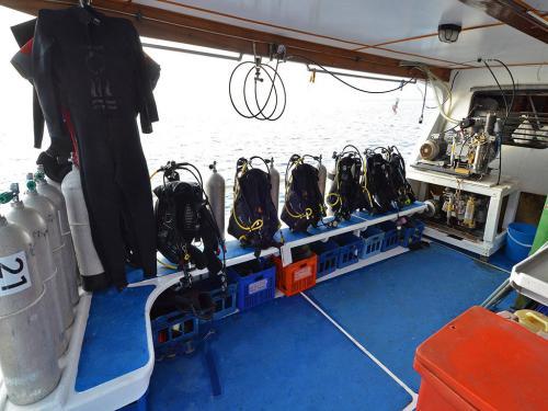 Andaman Tritan - Dive Deck