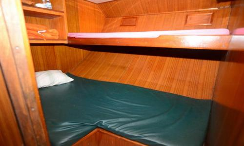 Andaman Tritan - Standard Single Cabin (Lower Deck)