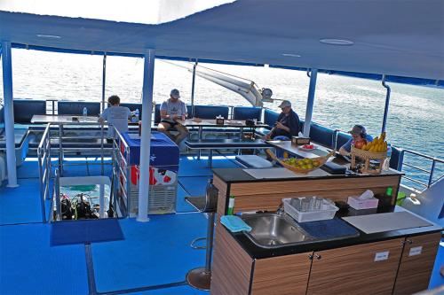 Bavaria Liveaboard - Upper Deck