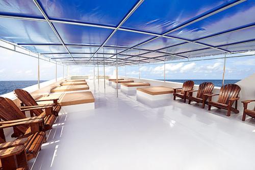 Blue Manta - Sun Deck