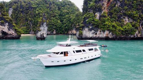 Siam Princess - Phang Nga Boat Charter