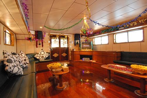 Deep Andaman Queen - Indoor Saloon