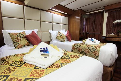 Mermaid 1 - Deluxe Twin Cabin
