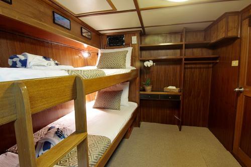Mermaid 2 - Budget Cabin