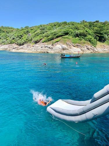 Water Slide Scuba Dive Boat