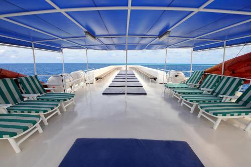 Raja Manta - Sun Deck