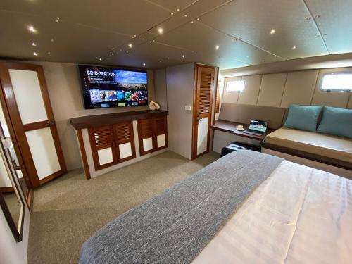 Siam Princess Master Bedroom